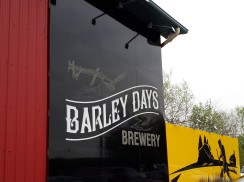 barley days sign2